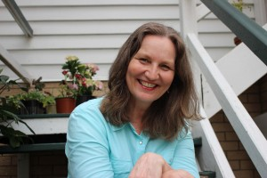 Sunday Spotlight: Kelly Lyonns