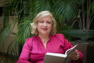 Sunday Spotlight: Deborah Burrows