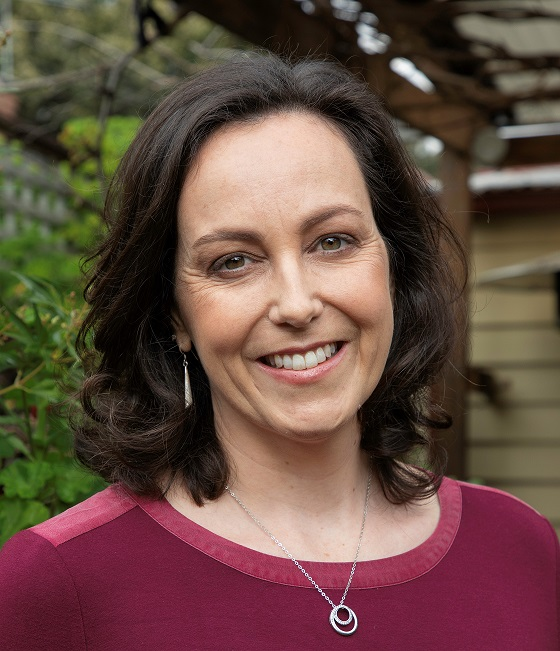 aislinnbatsone-2-small-cropped